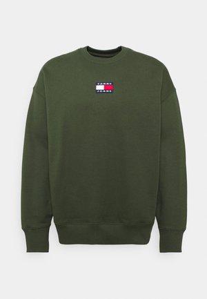 BADGE CREW UNISEX - Sweatshirt - dark olive