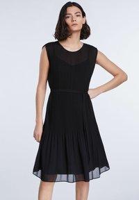 SET - TAILLIERTE - Day dress - black - 0