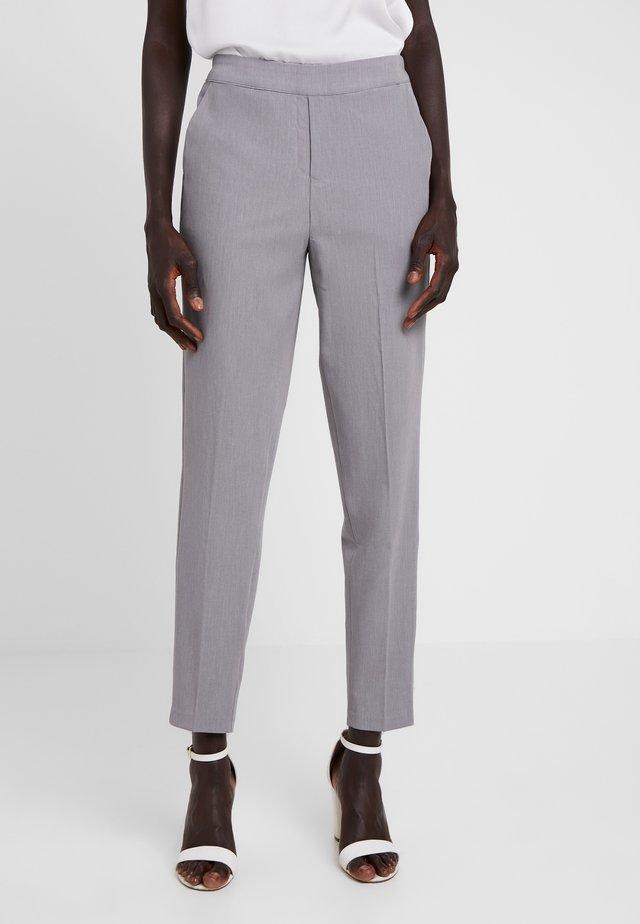OBJCECILIE 7/8 PANTS - Bukser - medium grey melange