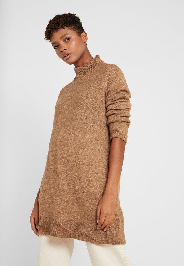 Sweter - tobacco brown