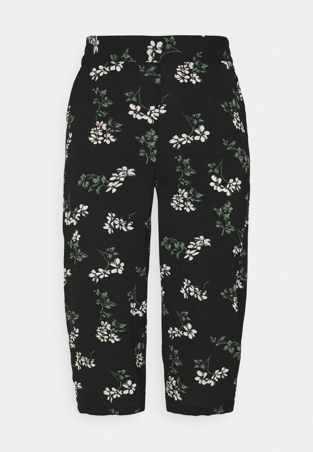 VMSAGA CULOTTE PANT  - Bukser - black/nellie