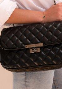 Violet Hamden - Across body bag - schwarz - 0