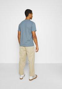 ARKET - T-shirts - turquoise - 2