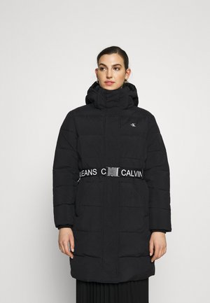 WAISTED LOGO LONG PUFFER - Winter coat - black