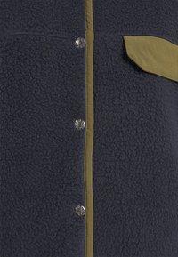 The North Face - WOMENS CRAGMONT JACKET - Fleecetakki - aviatornavy/militaryolive - 2