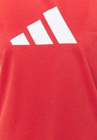 adidas Performance - LOGO TEE - T-shirts med print - crew red/white - 5