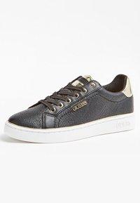 Guess - BECKIE - Sneakers basse - black - 2