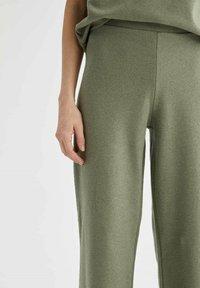 DeFacto - Trousers - khaki - 3