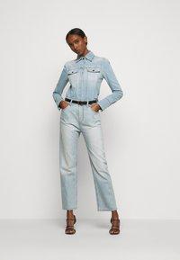 Victoria Victoria Beckham - CALI - Jeans a sigaretta - parisian blue - 1