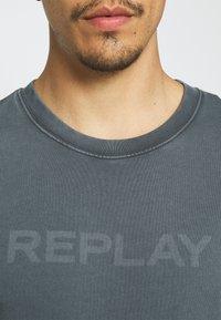 Replay - Sweatshirt - smoke grey - 5