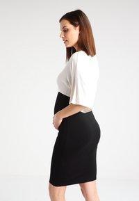 Envie de Fraise - NYLA - Sukienka z dżerseju - off white - 2