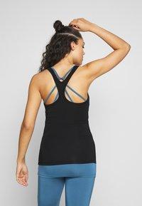 Curare Yogawear - RACERBACK  - Topper - black - 2