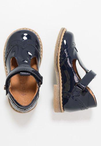 COPER T-BAR MEDIUM FIT - Baby shoes - blue