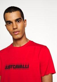 Just Cavalli - Print T-shirt - grenadine red - 3