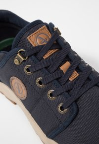 Aigle - TENERE LIGHT - Baskets basses - dark navy - 2