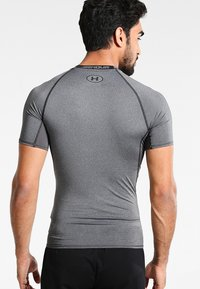Under Armour - Camiseta estampada - dunkelgrau/schwarz - 2