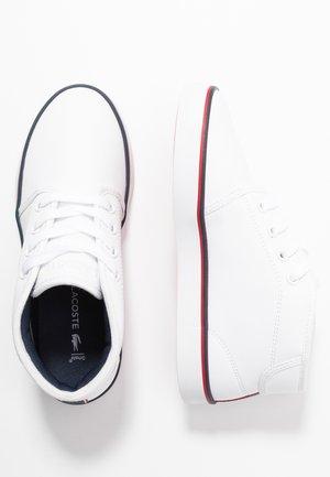 AMPTHILL - Sneaker high - white/navy/red