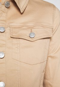 Vero Moda - VMHOT SOYA JACKET - Lehká bunda - beige - 5