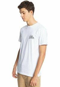 Quiksilver - Print T-shirt - white - 3