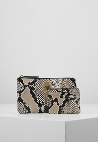 Kurt Geiger London - POUCH GIFT SET - Wallet - nude - 0