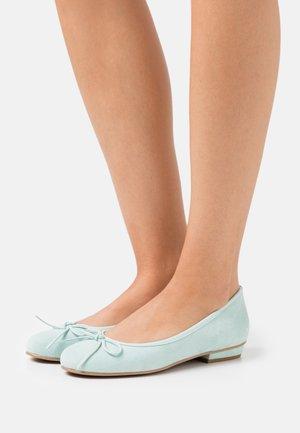 CARLA - Ballet pumps - yucca