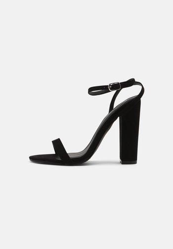ENTRY BLOCK - Sandaler med høye hæler - black