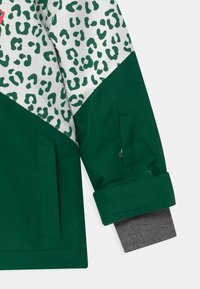 Ziener - ALANI JUN UNISEX - Snowboardová bunda - spruce green/white - 2