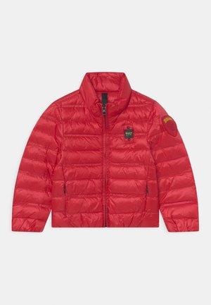STANDING HIGH NECK  - Gewatteerde jas - red