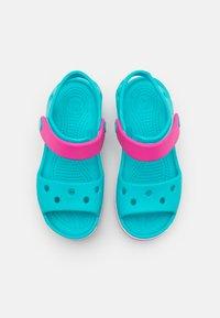 Crocs - CROCBAND KIDS - Badesandaler - digital aqua - 3