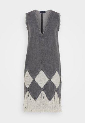 TEIERA - Robe en jean - black