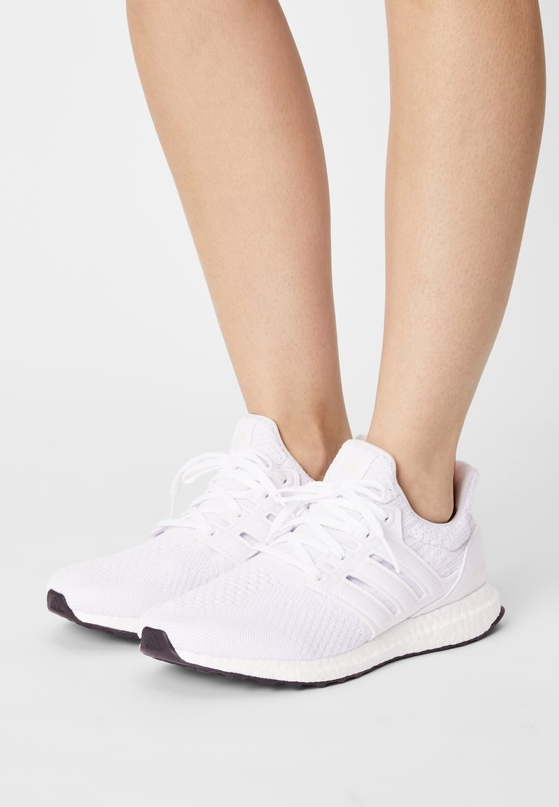 adidas Performance - ULTRABOOST DNA  - Zapatillas - halo ivory/cream white