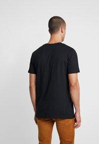Mister Tee - CLUB TEE - Print T-shirt - black - 2