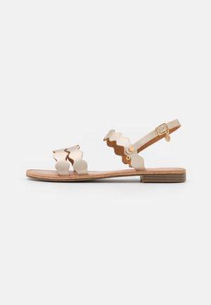 Sandály - koram platino