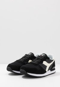 Diadora - UNISEX - Trainers - black /white - 2