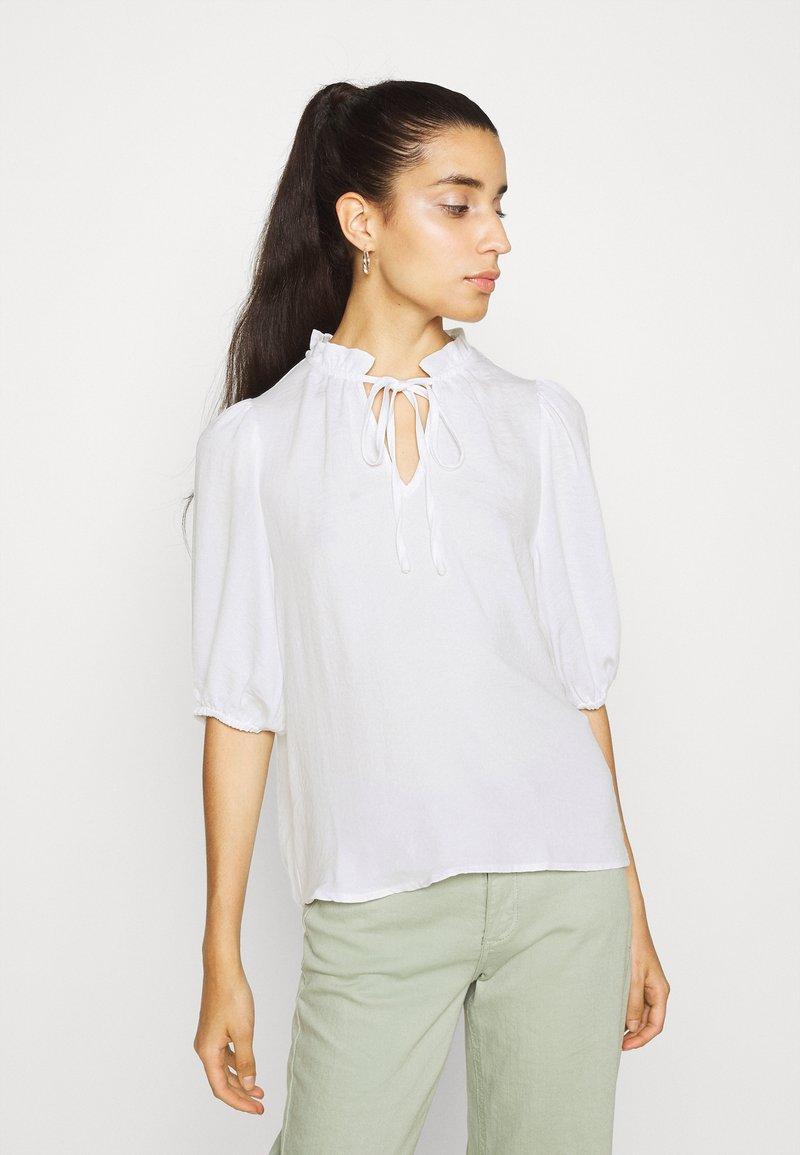 Vero Moda - VMWIGGA V NECK - Long sleeved top - bright white