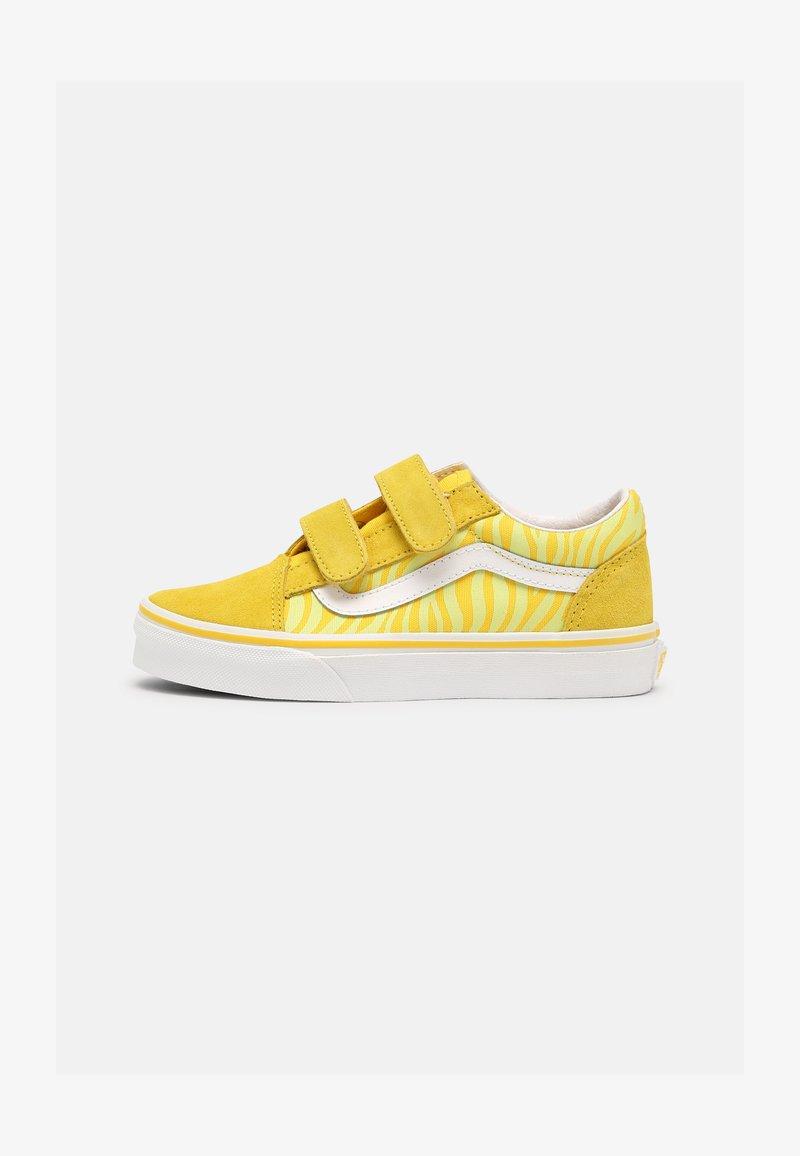 Vans - OLD SKOOL V UNISEX - Trainers - neon animal zebra/yellow