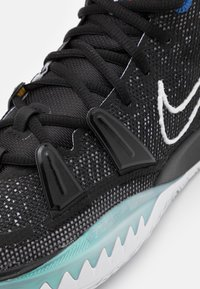 Nike Performance - KYRIE 7 - Basketball shoes - black/white/off noir - 5