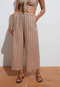 OYSHO - Trousers - brown - 2