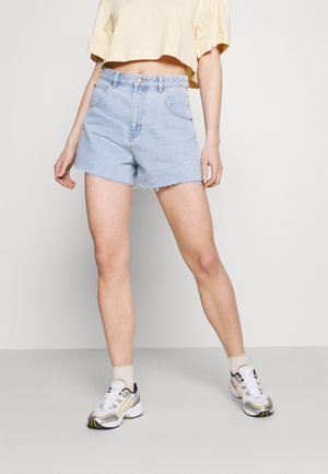 MIRAGE - Denim shorts - nina blue organic