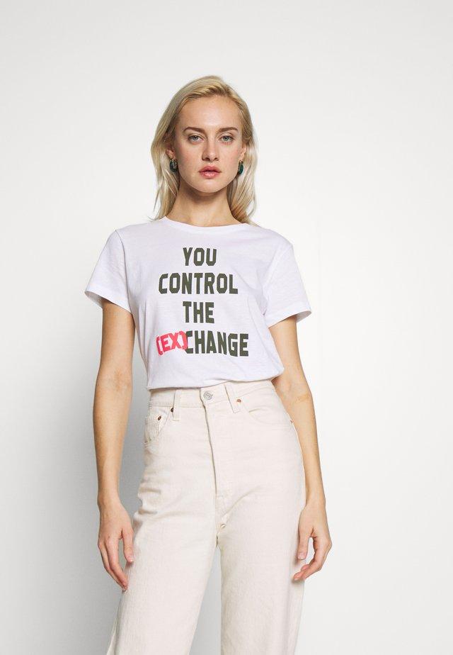 Printtipaita - white control