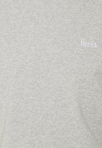 forét - AIR - Basic T-shirt - light grey melange - 2