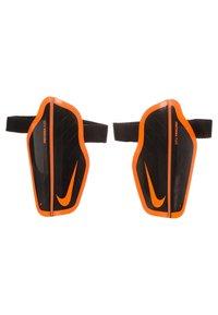 Nike Performance - PROTEGGA FLEX SCHIENBEINSCHONER KINDER - Shin pads - black / total orange - 2