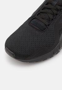 Reebok - FLEXAGON FORCE 3.0 - Scarpe da fitness - black/pure grey - 5