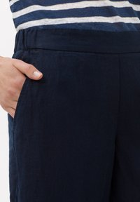 BRAX - STYLE MAINE S - Trousers - navy - 3