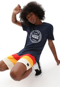 Vans - MN AUTHENTIC CHECKER SS - Print T-shirt - dress blues - 0
