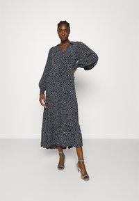 JUST FEMALE - COLOMBO MAXI DRESS - Maxi dress - noise - 0