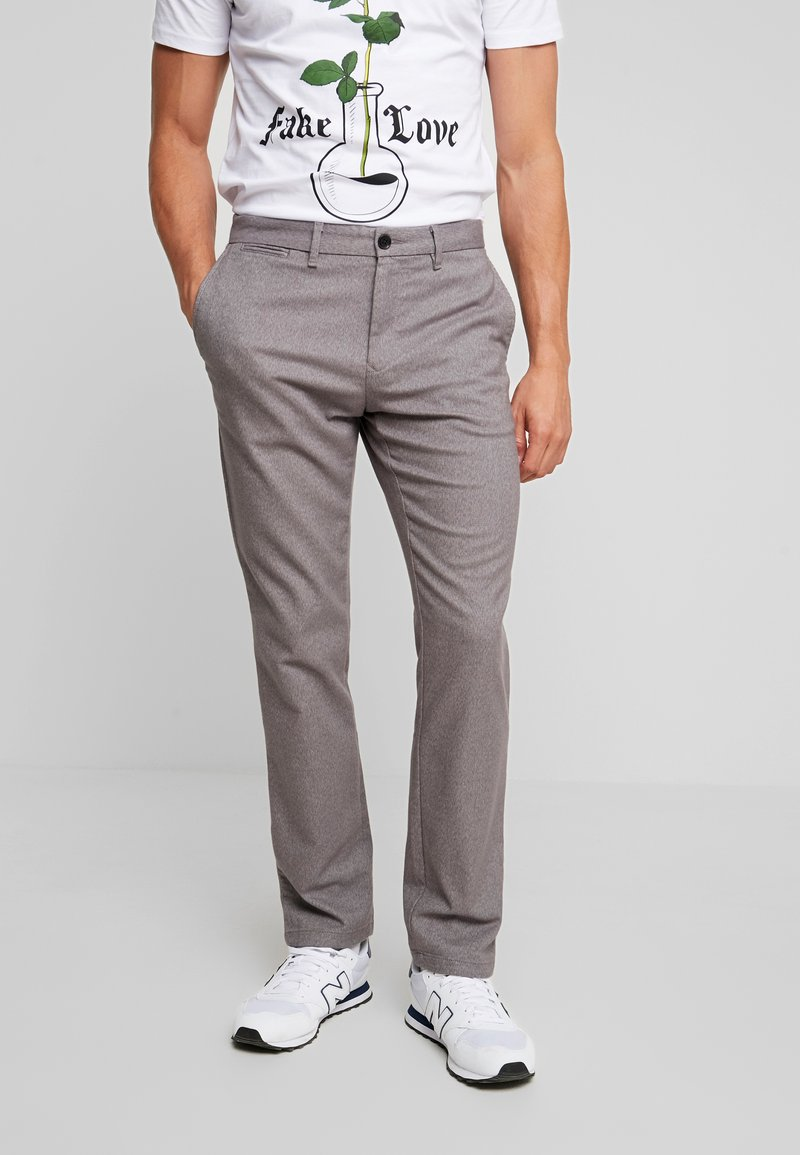 Tommy Hilfiger - DENTON LOOK - Pantalones chinos - grey