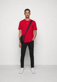 HUGO - DIRAGOLINO - Basic T-shirt - open pink - 1