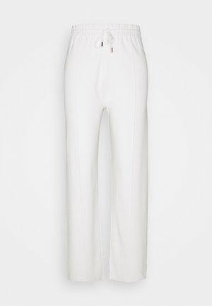 MALIBU - Verryttelyhousut - blanc