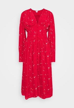 CORA DRESS - Hverdagskjoler - red